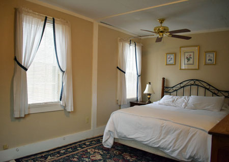 Isaac Merrill House Inn in North Conway NH - Room #5